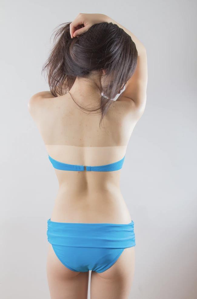 Warum wird die Haut mit Bräunungscreme ungleichmäßig braun? (Quelle: Tora Chu - unsplash.com)